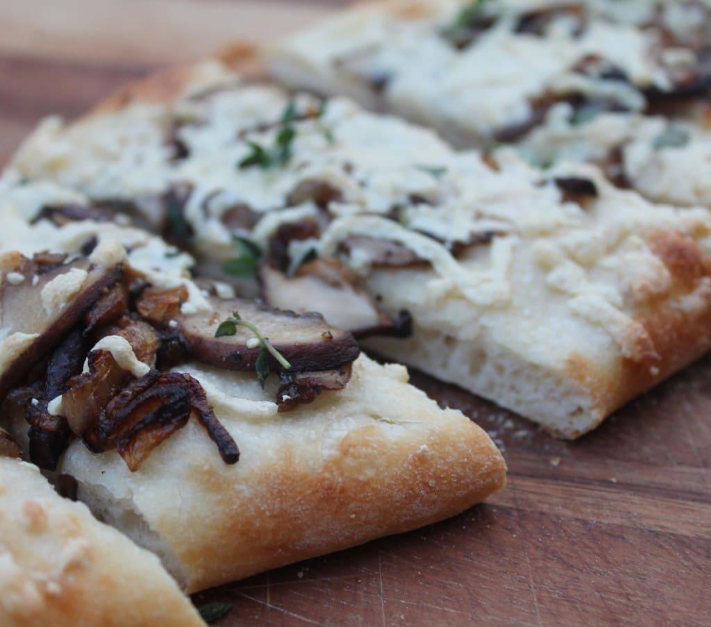 wild mushrooom pizza with shallots, daiya cheese and truffle oil