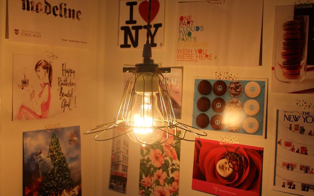 light fixture with Edison bulb