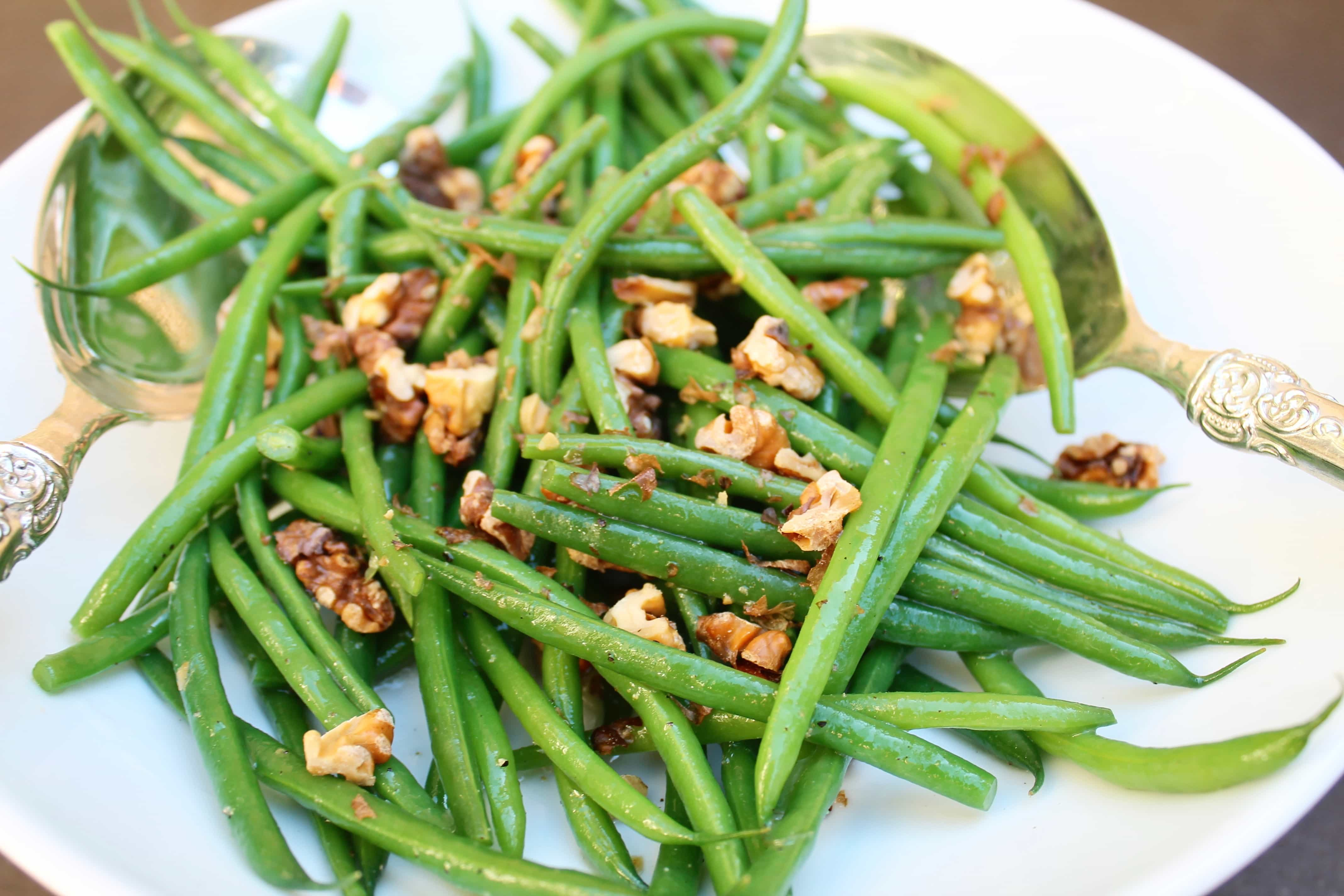 Green Bean Salad with Walnuts