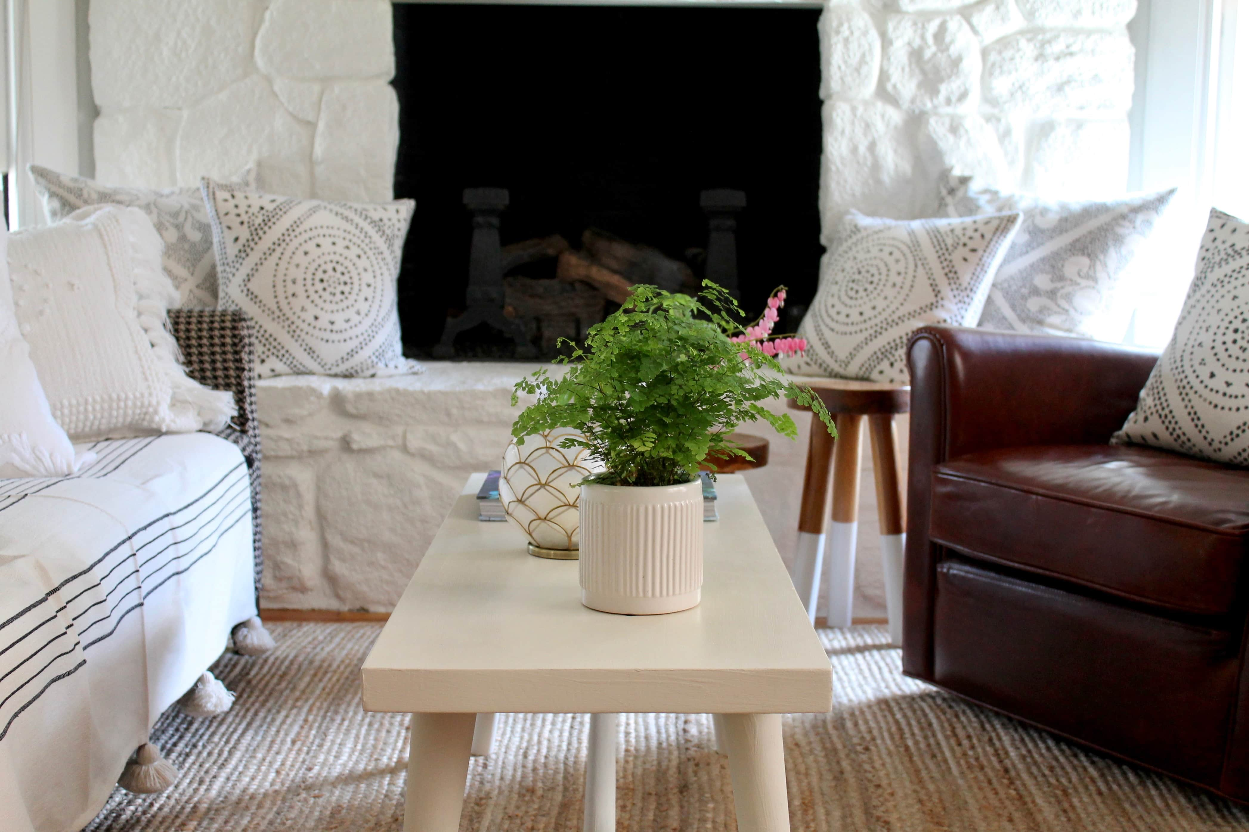 Annie Sloan Chalk Paint + Summer Living Room