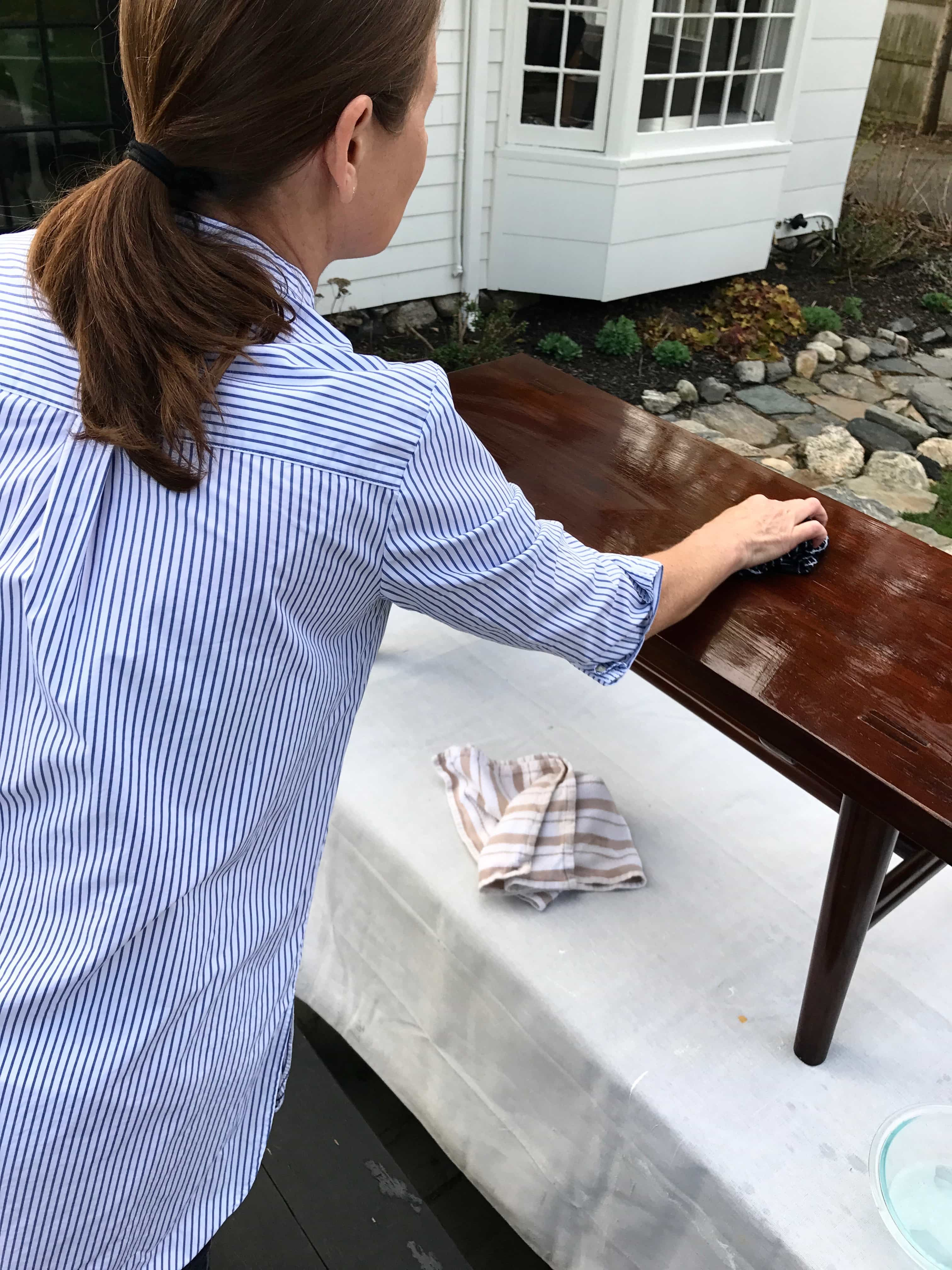 Annie Sloan Paint Bench Makeover