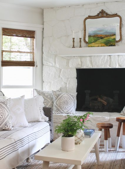 Summer Living Room + Annie Sloan Chalk Paint