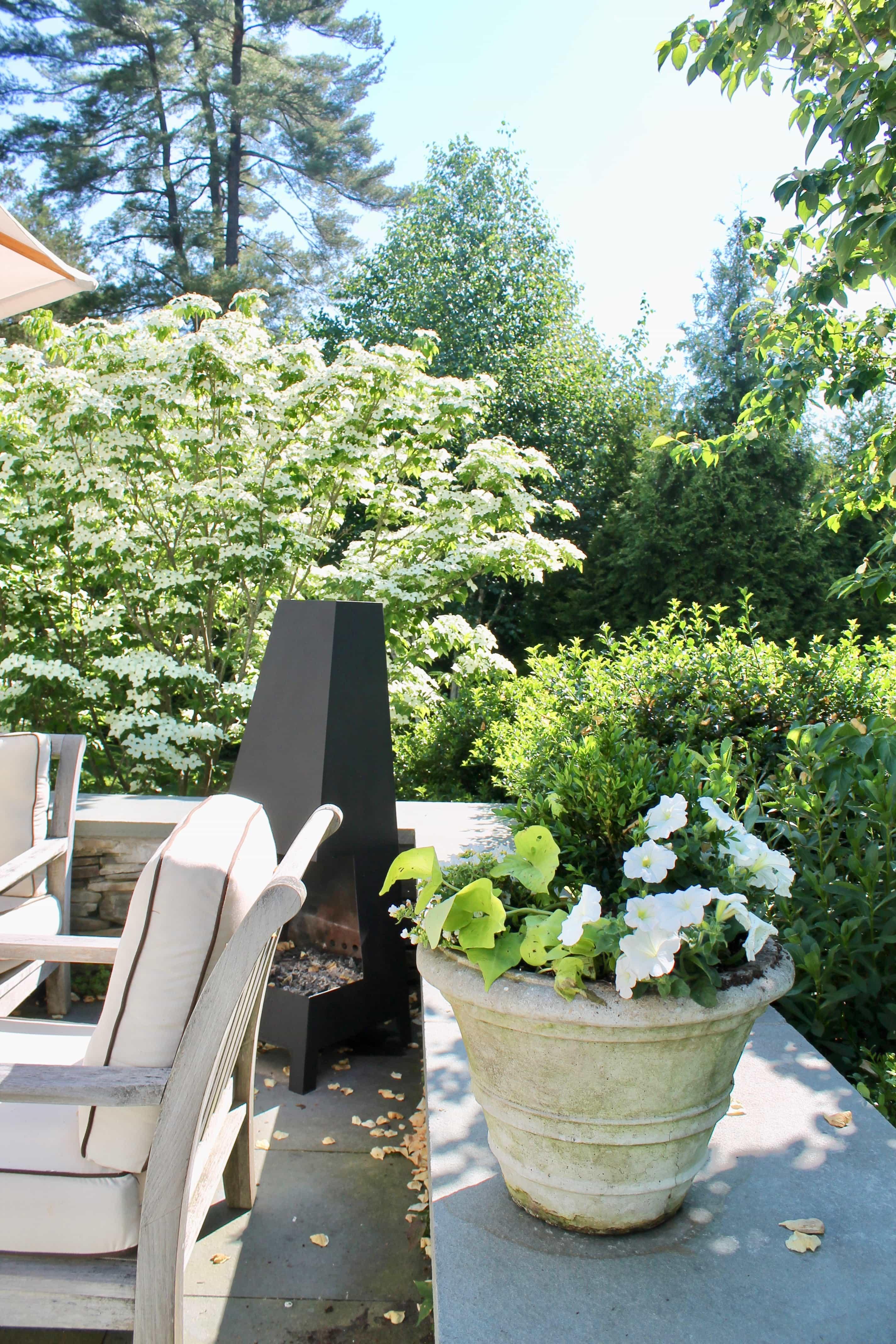 Modern Outdoor Fireplace Freestanding