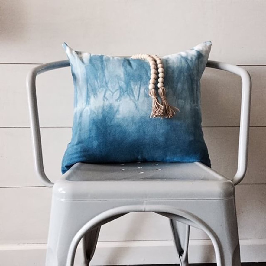 DIY-Shibori-Designs-Pillow-Chair-Beads