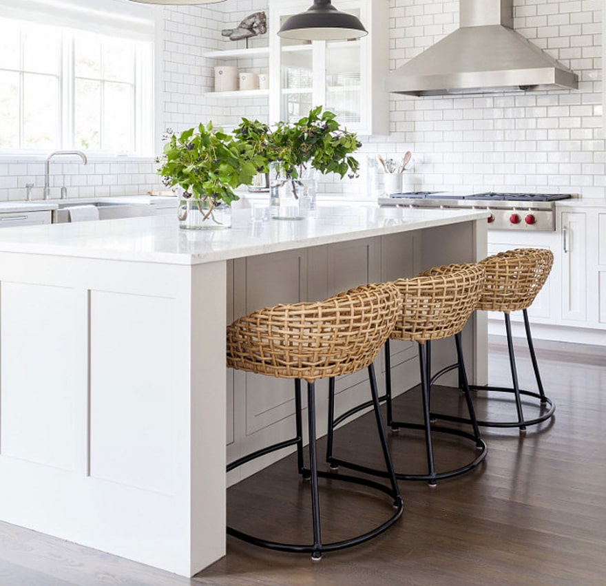 Bar Stools For White Kitchen: 29 Wicker And Rattan Pieces For Your Home