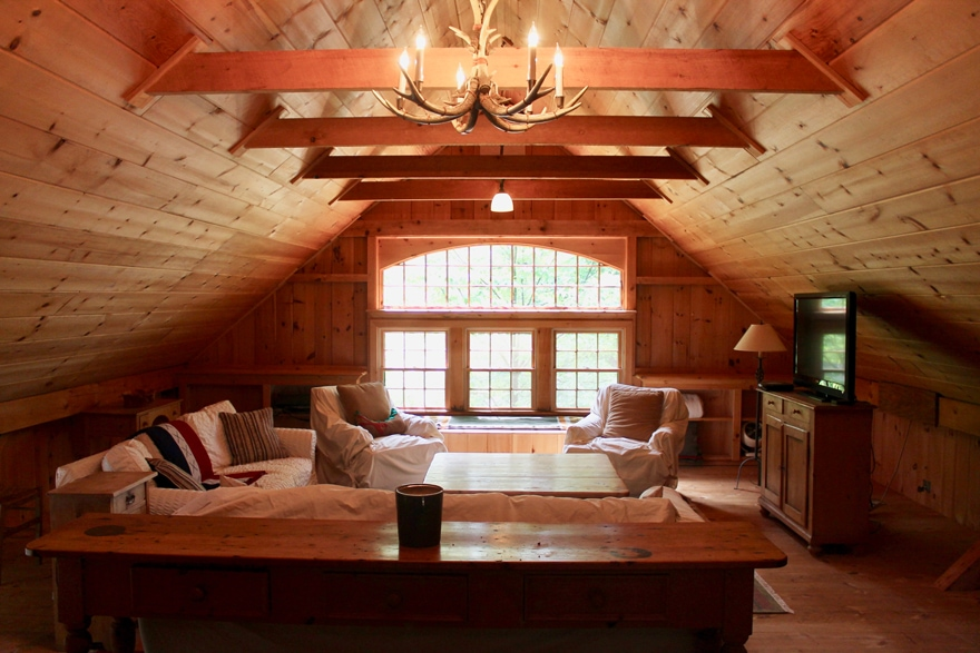 Rustic-Barn-Cedar-Interior-Connecticut