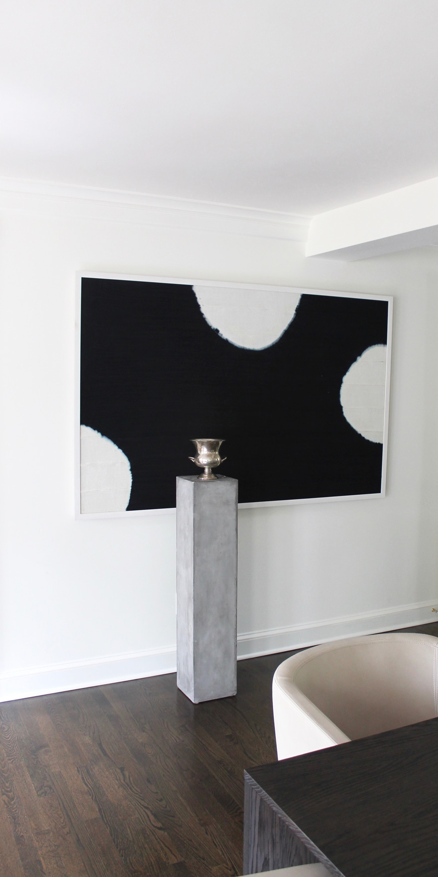 art-indigo-dining-room-modern-column-display