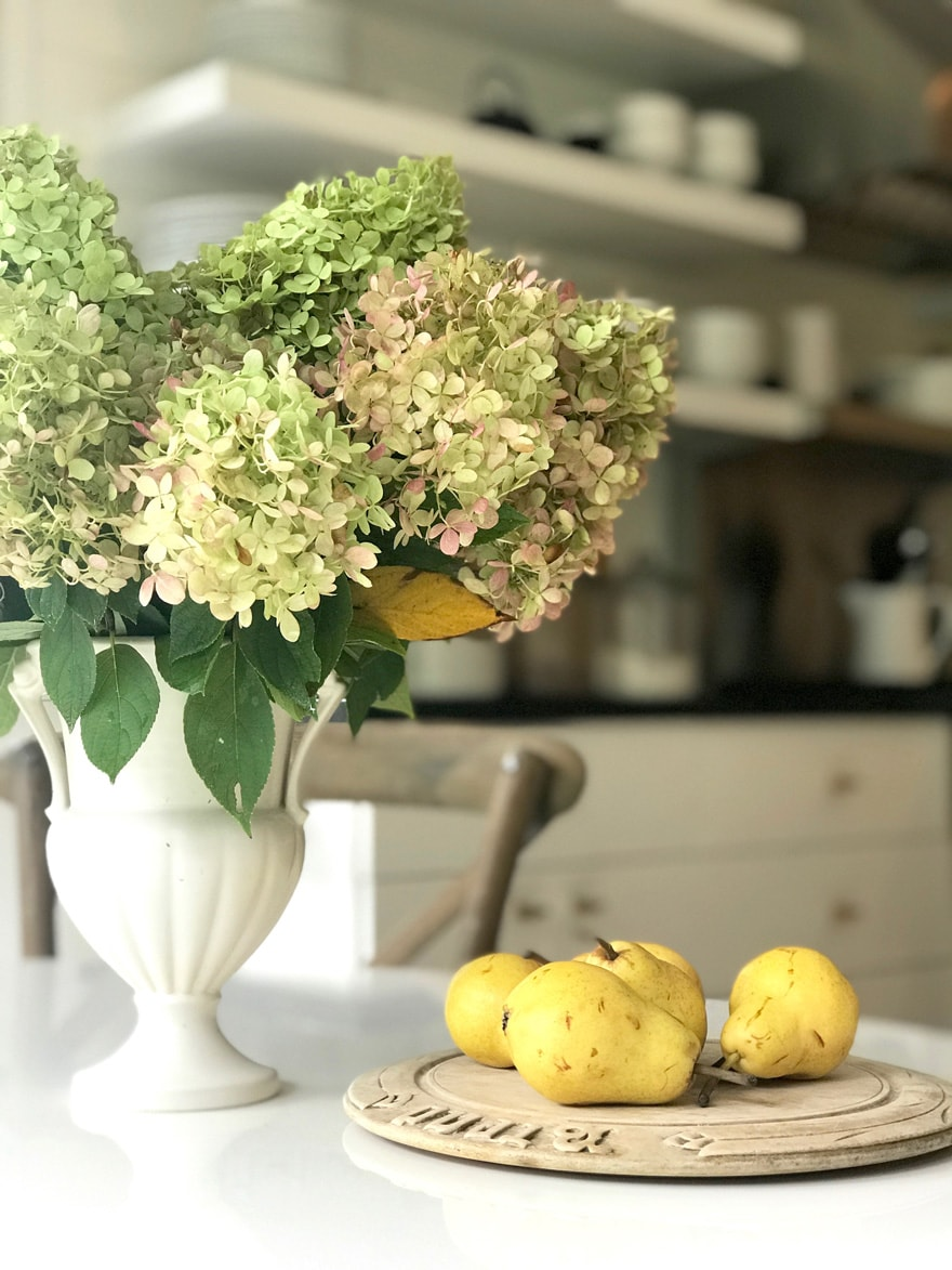 diane-karmen-westport-interior-designer-kitchen-limelight-hydrangeas-pears-wood-board