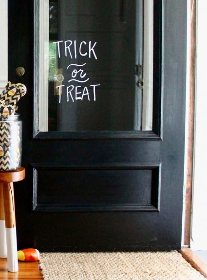 Halloween Favorites + A Simple Halloween Craft