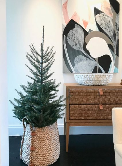 8 unique ways to display your Christmas tree