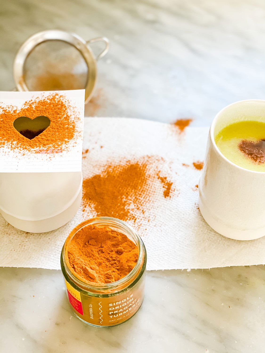 turmeric hearts on cup