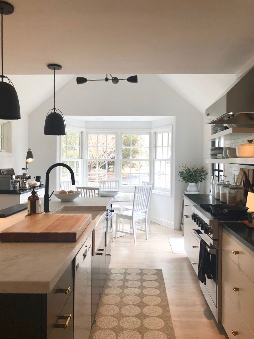 Modern, traditional and a little bit farmhouse kitchen + Diane ...