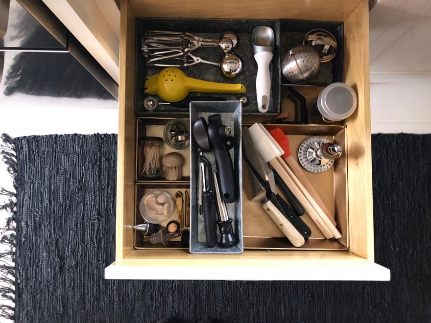 kitchen drawer organization for tools