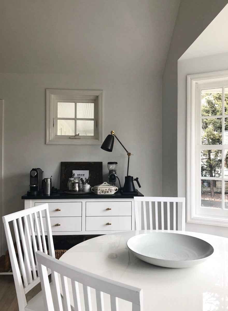 white table and white chairs