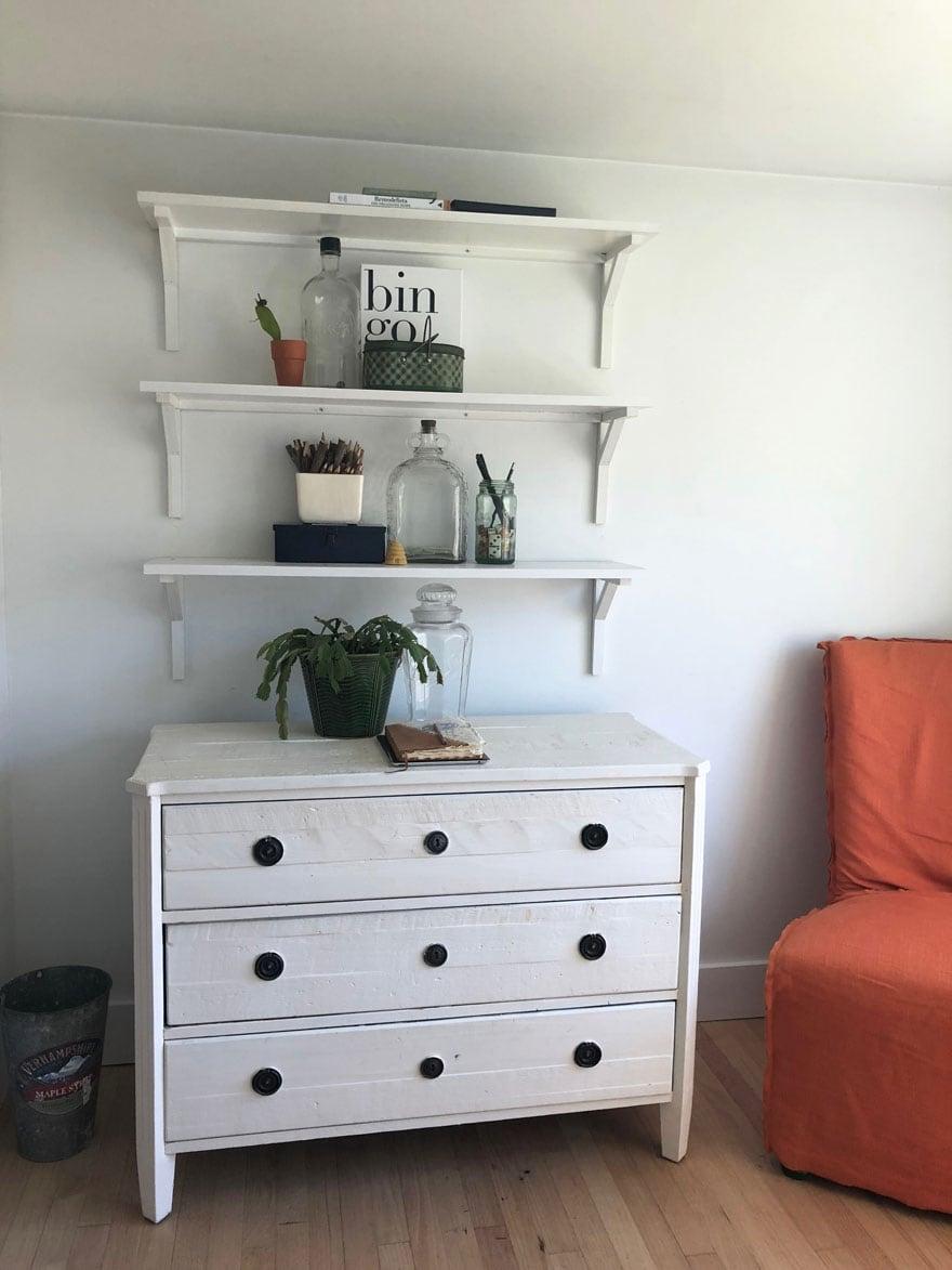 ches, shelves, chair