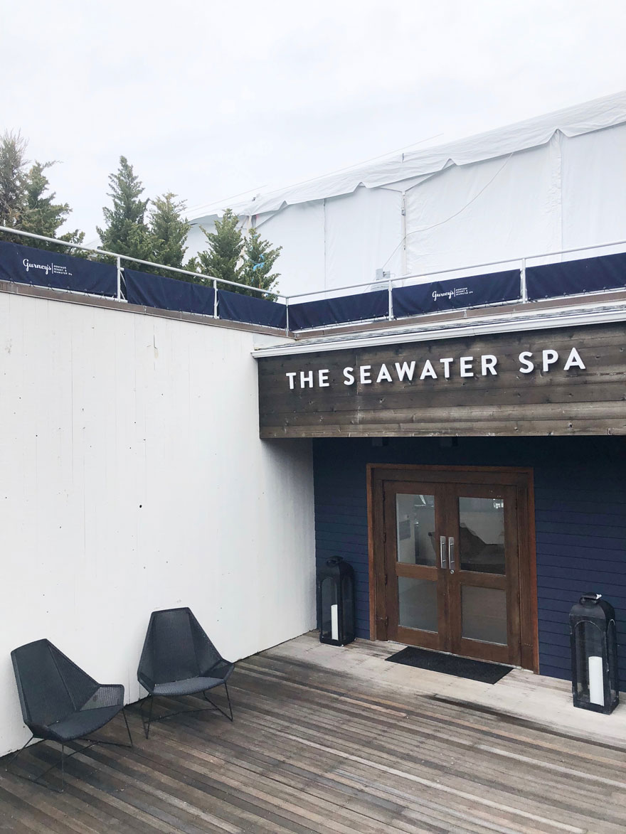 exterior of spa with modern chairs