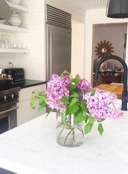 Lilacs in the House + Friday Favorites