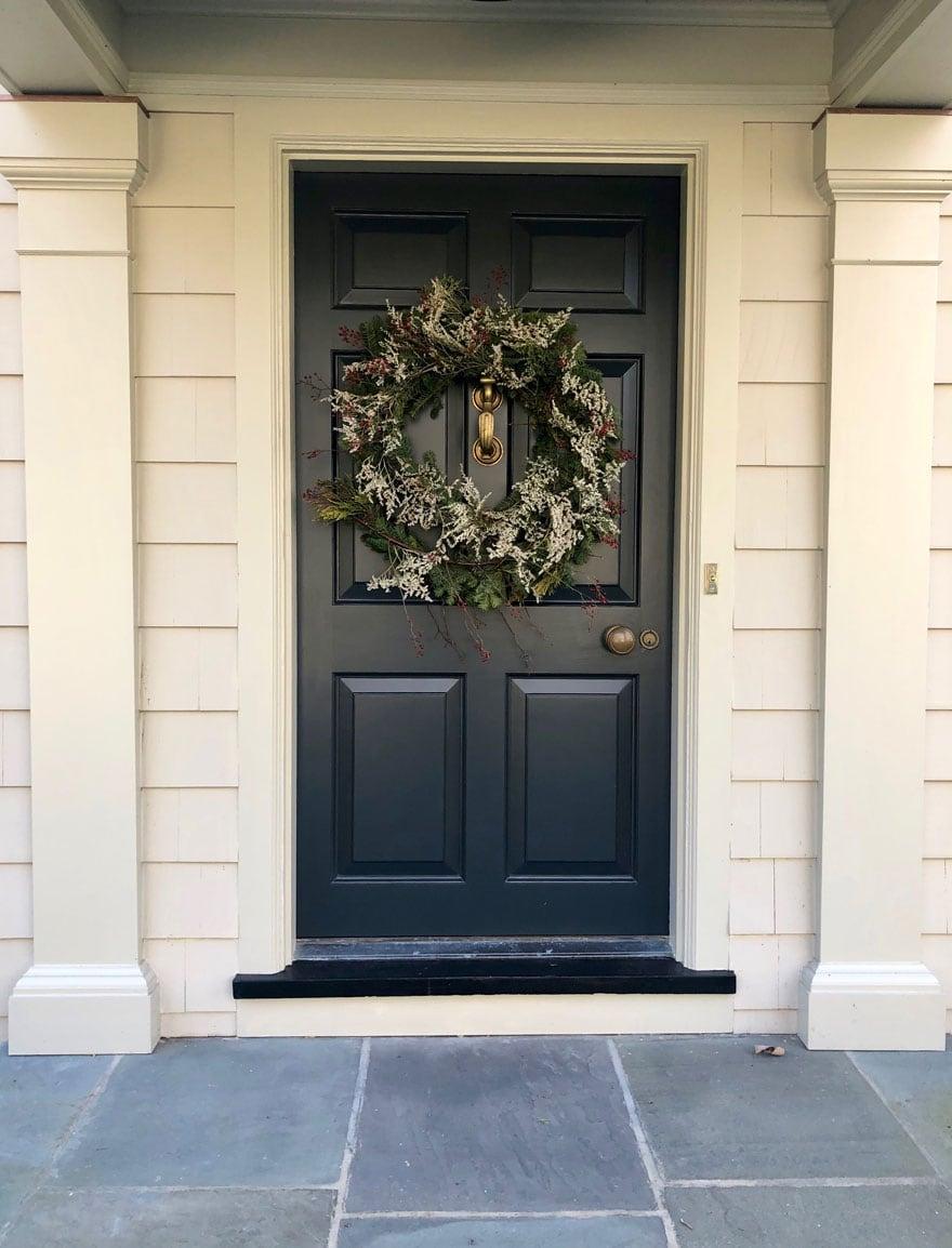 wreath of dark door