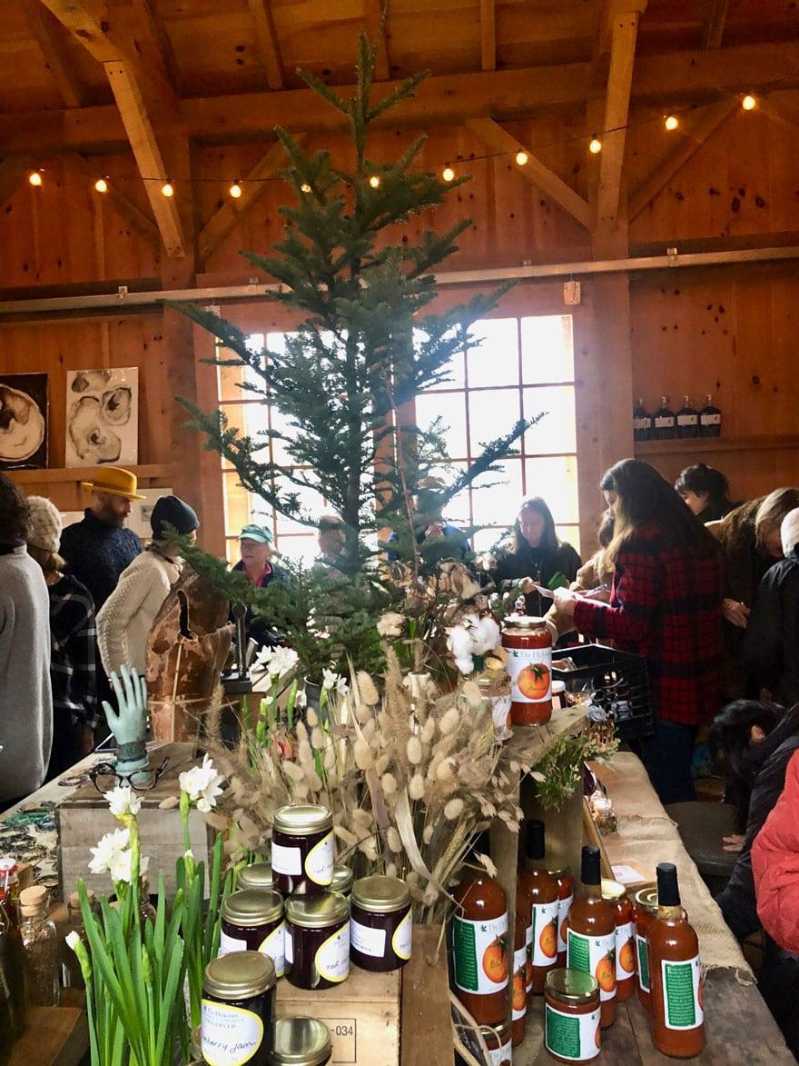 a barn with a Christmas tree