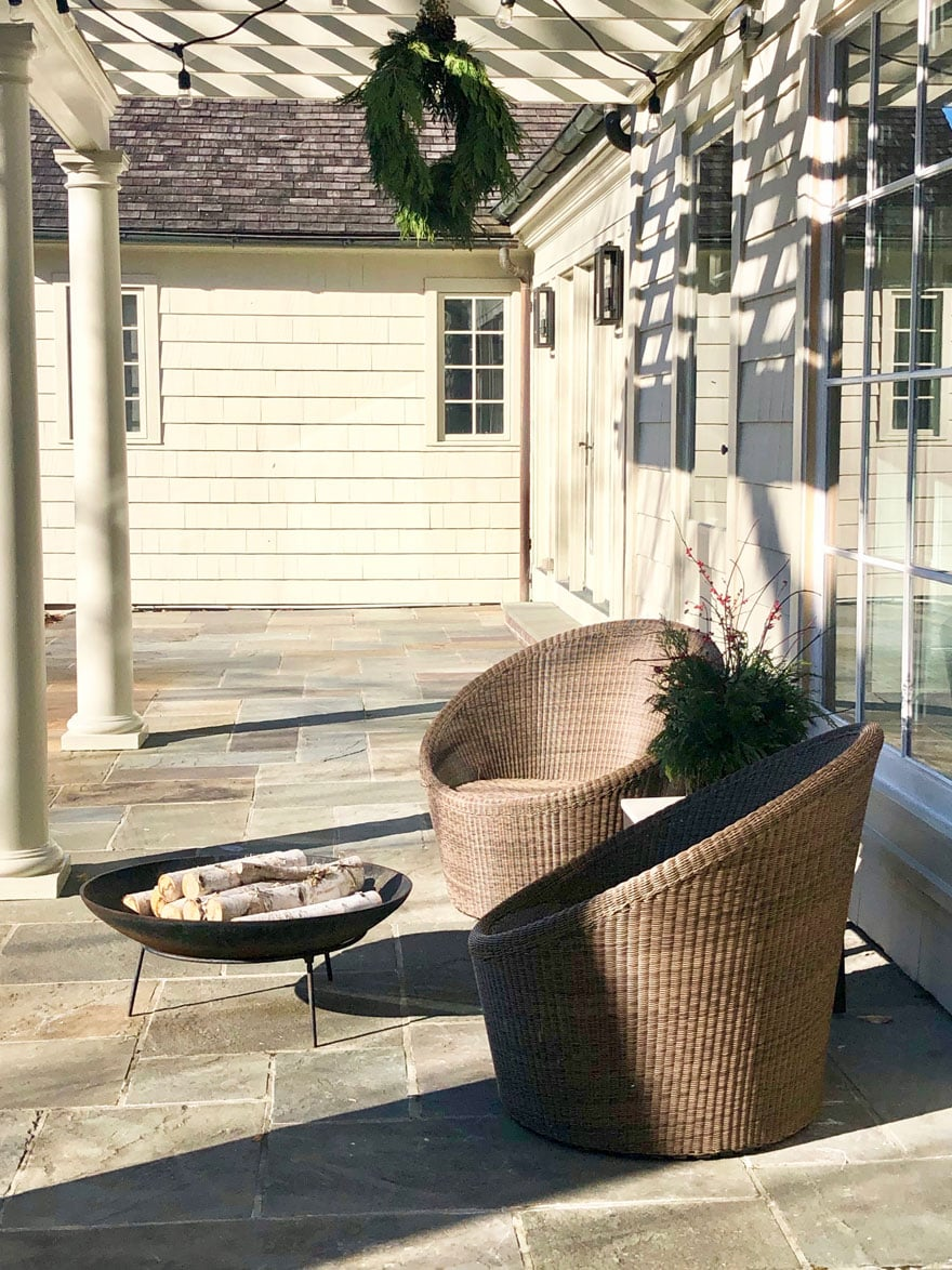 chairs, fire pit, wreath