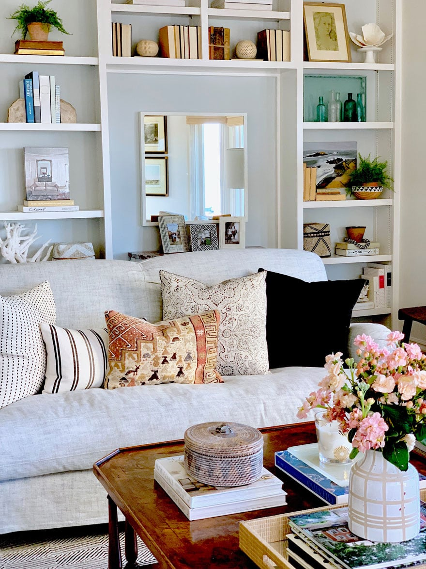 book shelves with interesting objects and books