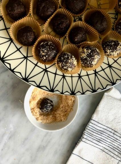 Dark Chocolate Macaroon Protein Bites + Friday Favorites