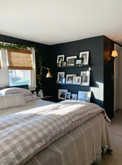 Christmas decor for bedrooms