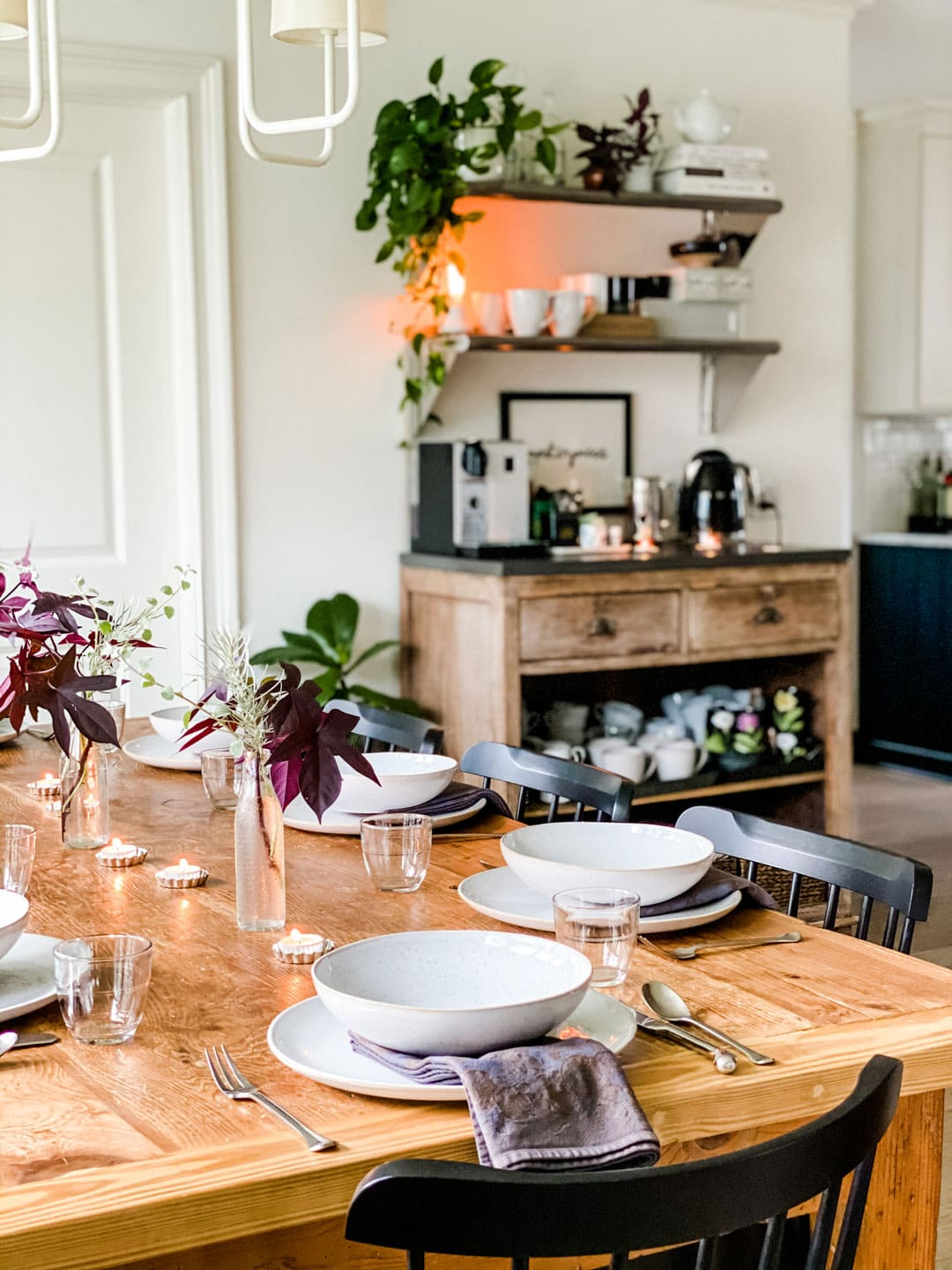 Lifestyle blogger Annie Diamond shares her simple dining room