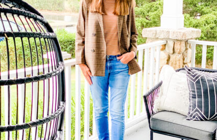 Lifestyle Blogger Annie Diamond shares her love of fall colors with fashion.