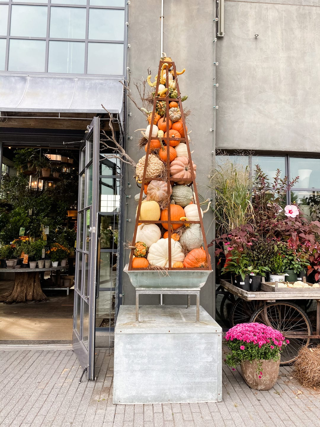 Lifestyle Blogger Annie Diamond takes a stroll through Terrain in Westport during the Autumn Bounty