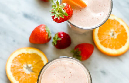 smoothie fruit orange slices, strawberries