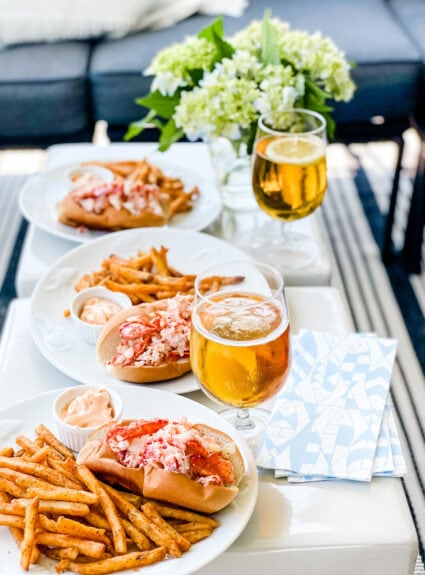 Are you looking for the best lobster roll recipe?