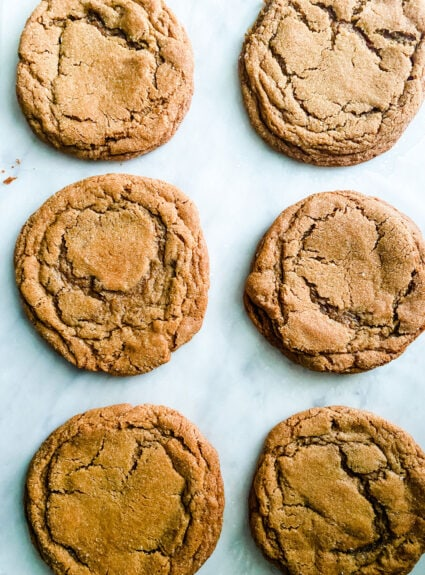 Soft Chewy Molasses Cookies or the cookie of your dreams just in time for fall...the spices make them seem very fall like!
